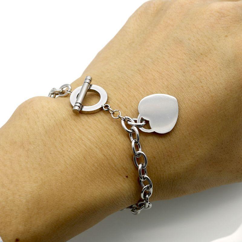 Heart Pendant Charm Bracelets Heart Bracelets for Women Gold Silver Rose Gold Titanium Steel Bangle Bracelet Jewelry