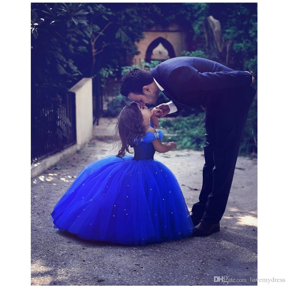 Cinderella Formal Party Gown Off Shoulder Floor Length Sequin Blue Pageant Dresses Sleeveless Custom Formal Special Occasion