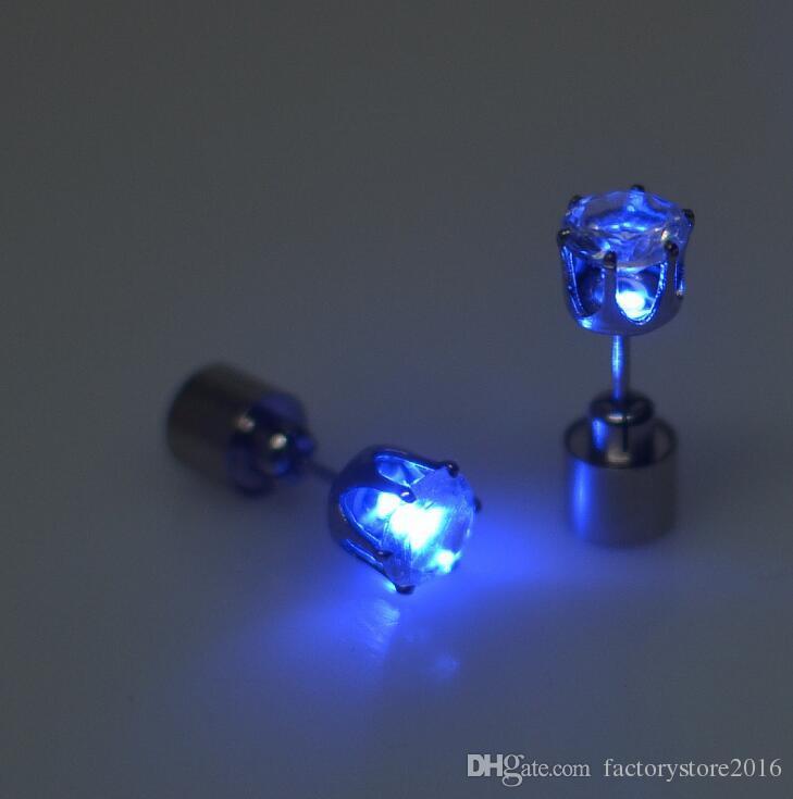 Noel Hediyesi LED Flaş Damızlık Küpe Tokalar Strobe LED Küpe Işıklar Strobe LED Işıklı Light up Gece Kulübü Parti Küpe