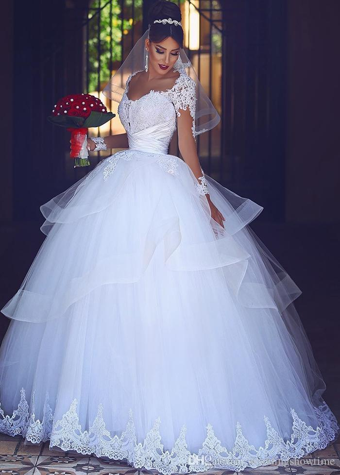 2017 Vintage Lace Ball Gown Wedding Dresses With Sheer Neck Covered ...