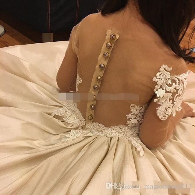 Apliques de encaje Vestidos de flores para niñas para la boda Sheer Neck Bow 2019 Granos Vestido de niña de flores de manga larga Vestidos de cumpleaños de superventas