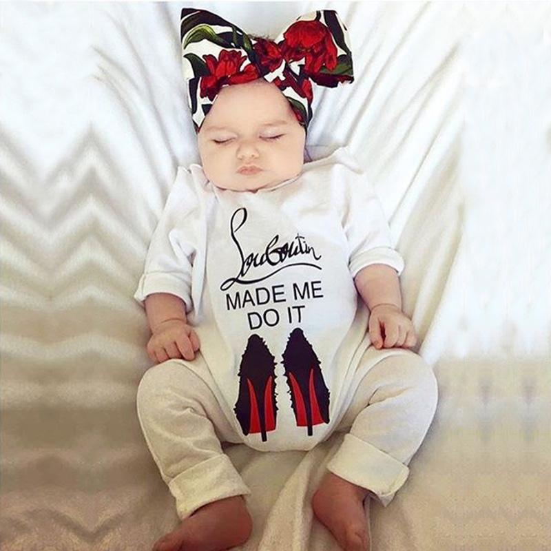 2017 Nova Roupa Infantil Bebê Primavera Outono Macacão de Manga Longa Crianças Macacão de Algodão Do Bebê Recém-nascido Carta Ampla Gola De Um Pedaço de Algodão macacão