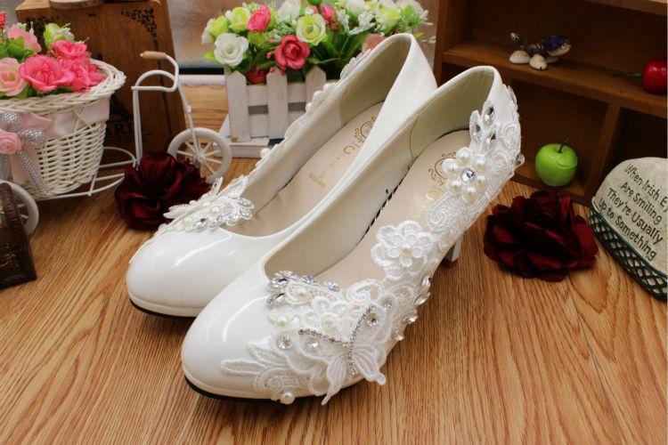 8CM talones zapatos de boda de encaje blanco mujer todo por flores de encaje dulce hecho a mano fiesta femenina baile proms zapatos de vestir DG192 envío rápido