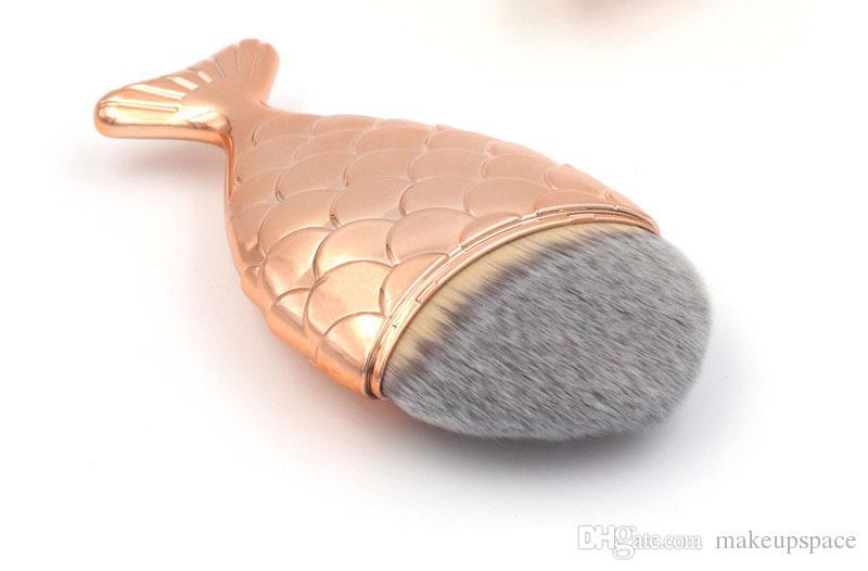 2017 New Mermaid Oval Makeup Brushes Mermaid Fish Foundation Brush Mermaid Makeup Brushes Set Cosmetics Blush Powder Concealer