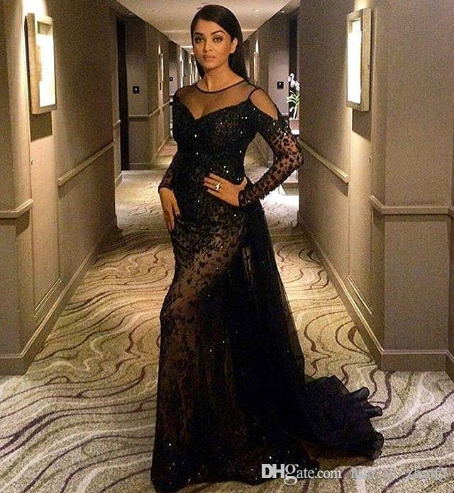 2017 Black Lace Mermaid Prom Dresses Sheer Jewel With Cape Appliques