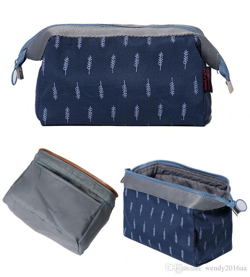 19*13*10cm Flamingo Printing Capacity Cosmetic Case Ladies Makeup Bag Crown Jewels and Sailing Travel Bags