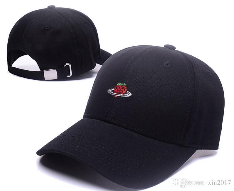 fcfdf71a754c4 2017 Fashion Strawberry Pineapple Snapback Caps Baseball Hats For ...