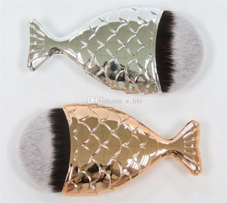 2017 Más Nueva Sirena Maquillaje Cepillo Polvo Contorno Escamas de Pescado Mermaidsalon Fundación Cepillo Oro Rosa Oro Plata Azul Negro es