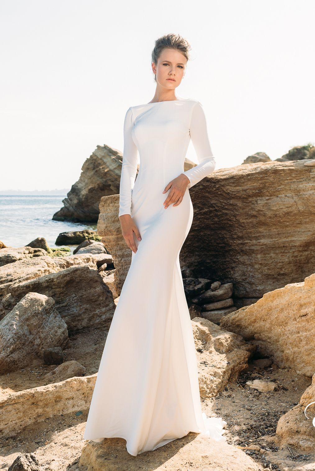 simple long sleeved backless sheath beach wedding dresses 2018 eva lendal bridal bateau neckline. Black Bedroom Furniture Sets. Home Design Ideas