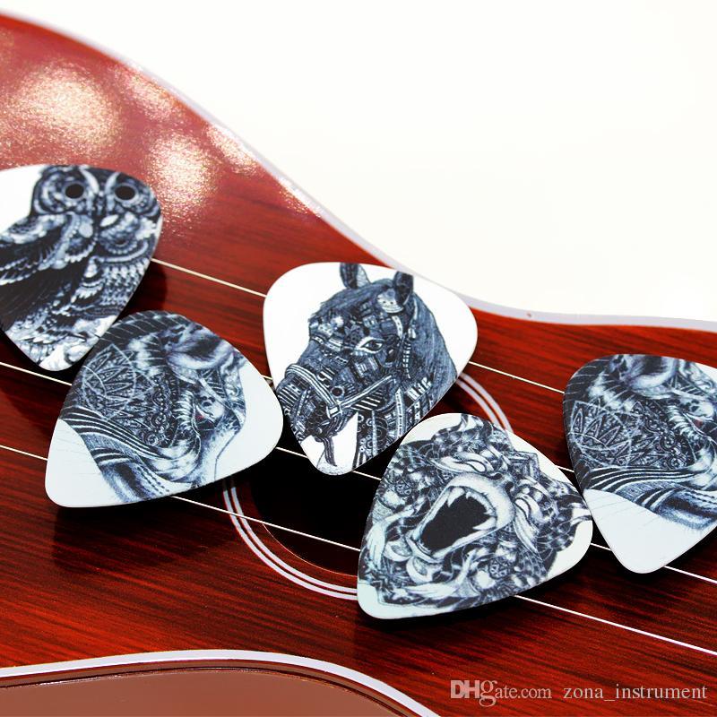 100 قطع سمك 0.46 ملليمتر 0.71 ملليمتر 1.0 ملليمتر جودة عالية الغيتار اللقطات اثنان الجانبية بيك الأسود والأبيض يختار أقراط diy يختار الغيتار