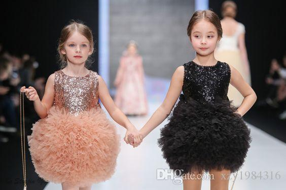 Lovely Short Flower Girls Dresses Jewel Neck Sequins Puffy Ruffles Tulle Girl's Dresses For Wedding 2017 Custom Made Mini Birthday Dresses