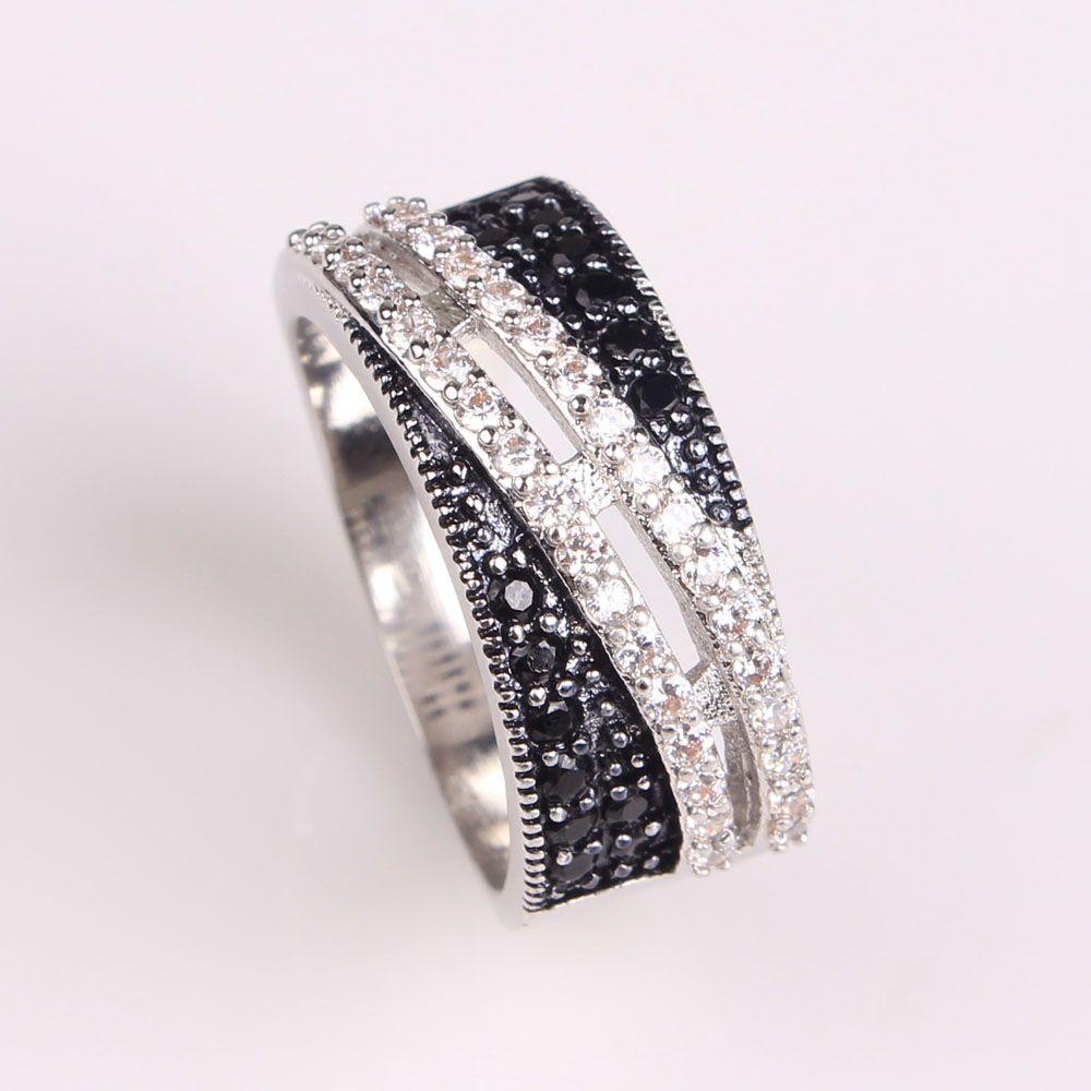 2017 frauen schwarz zirkonia hochzeit ring platin überzogene dame schmuck mode luxus verlobungsringe us 6 7 8 9 Tschechische zirkon ring