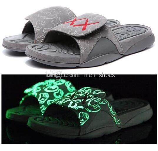 meet de6ee 7b333 High Quality 4 4s KAWS Slippers Men Kaws XX Cool Grey Glow Slides Slippers  Summer Beach Casual Fashion Sandals With Shoes Box Wide Calf Boots Shoes For  ...