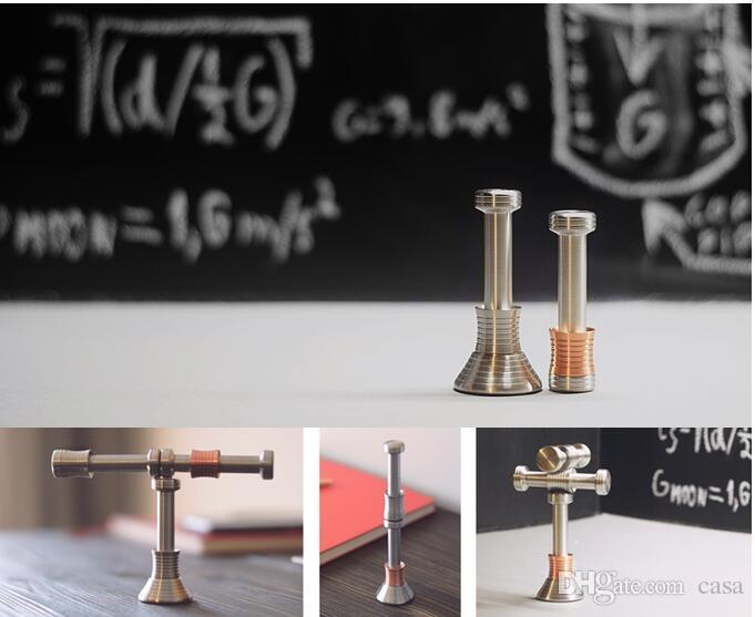 Mondtropfen-Zappeln-Schreibtisch-Spielzeug-Handspinner, der Schwerkraft-Mond-Zappeln-Spinner-Kinderdekomprimierungs-lustiges Antistressspielzeug anzeigt