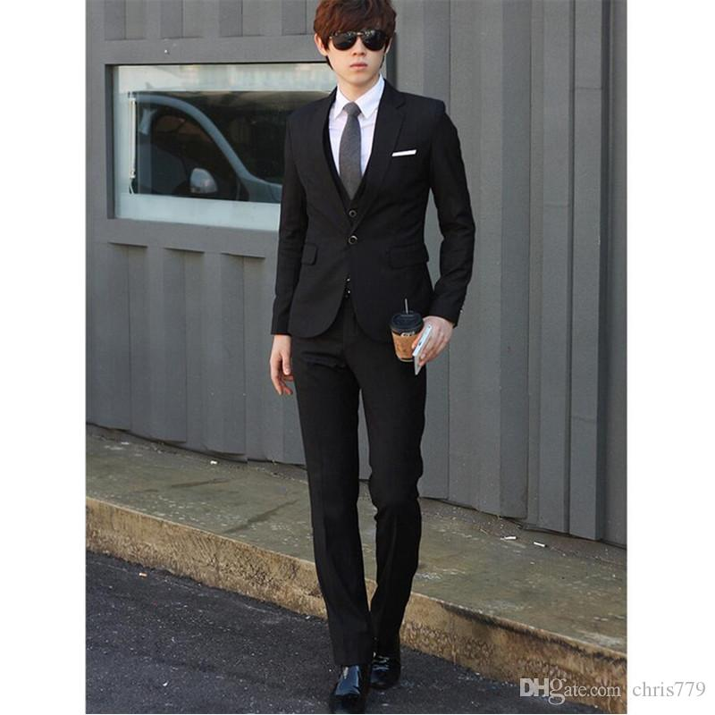 A three-piece men handsome of pure color groom suit business suit formal occasions dress high quality tailored suit