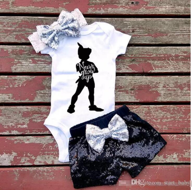 Bébé fille INS lettres barboteuses costume 7 Style enfants manches courtes triangle barboteuses + paillette shorts + bowknot bande de cheveux ensembles de vêtements