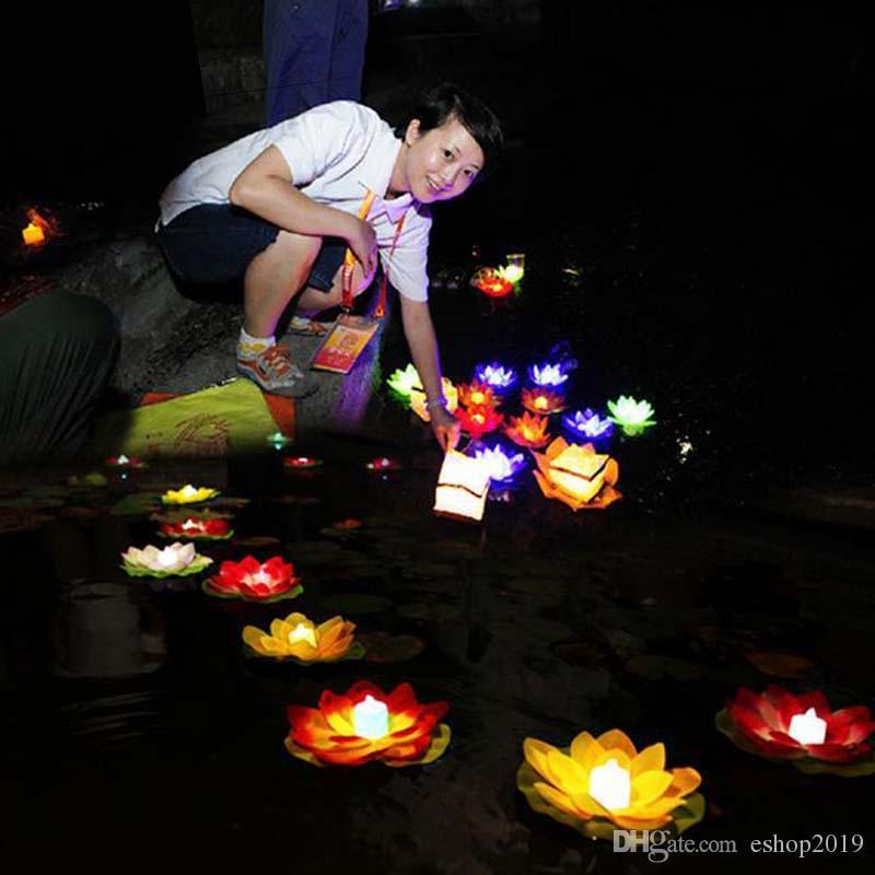 مصباح لوتس LED في بركة ماء ملونة عائمة وغير متغيرة تمنى مصابيح الفوانيس لتزيين الحفلات