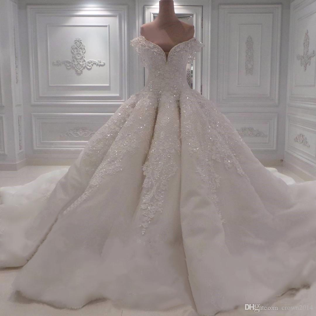 Illusion Geri 2019 Yeni Tasarım Boncuklu Prenses Gelinlikler ile Omuz Beyaz Dantel Sevgiliye Balo Gelinlik Kapalı Seksi