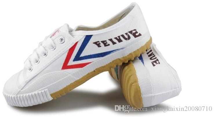 2017Ha venduto scarpe da tennis Feiyue Ultra light uomo e donna, Kung Fu, arti marziali e sport casual Classic black and white