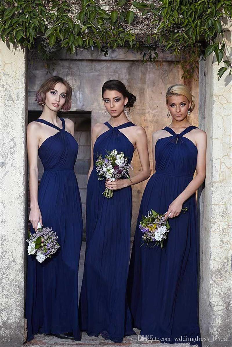 Modern Chiffon Royal Blue Vestidos de dama de honor Largos 2017 Sexy Halter Neck Una línea de pliegues Vestidos de invitados de la boda Vestidos de verano de dama de honor