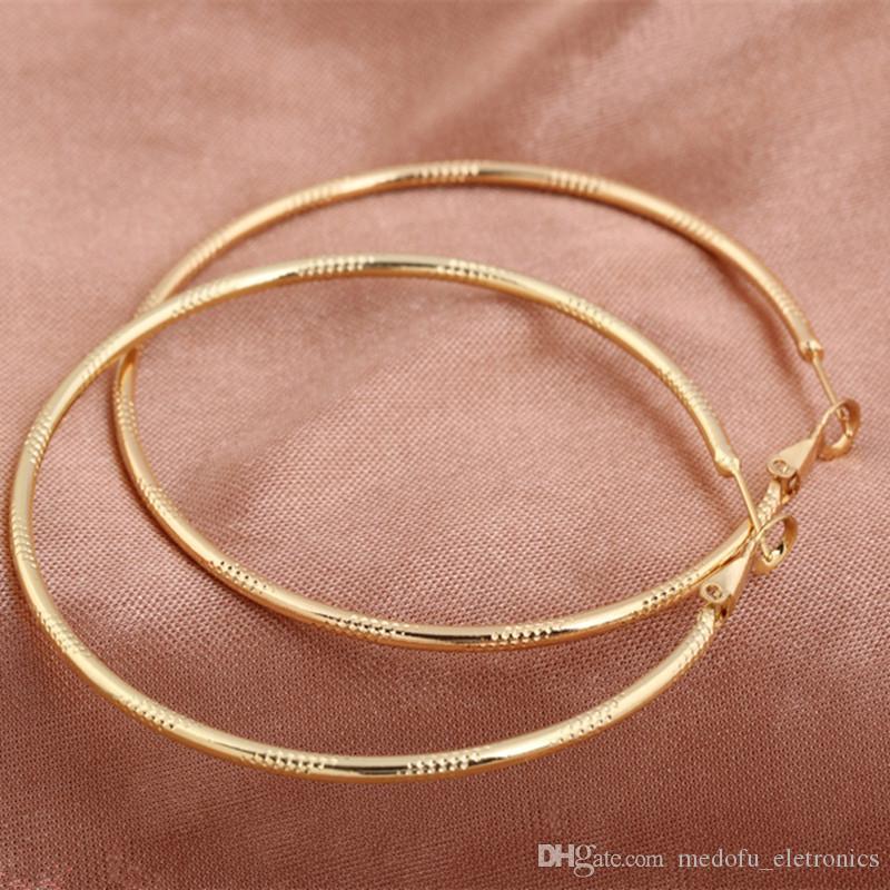Orecchini a cerchio le donne Brincos modo di alta qualità Gioielli Slim oro giallo 18K Women Big Hoops orecchini ER-930