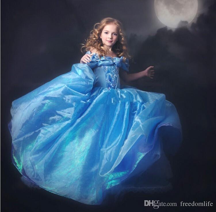 Elegant Cinderella Pageant Elbiseler Omuz Yerde Uzunluk Çiçek Kız Giydir Backless Aplike First Communion Girls Gowns Özel Made