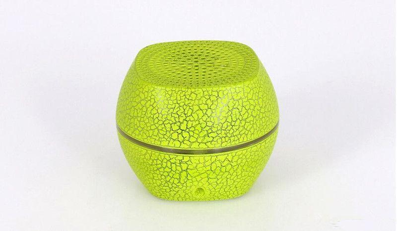 Date De Haute Qualité Mini G2000 LED Bluetooth Haut-Parleur Stéréo Portable Subwoofer Coloré LED Sans Fil Bluetooth Haut-Parleur Soundbox