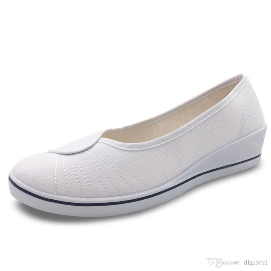 New York fb18d 4b1e7 Chaussures en cale blanche Chaussure simple Chaussure noire sur chaussure d  infirmière Salon de beauté Chaussures décontractées Chaussures de ...