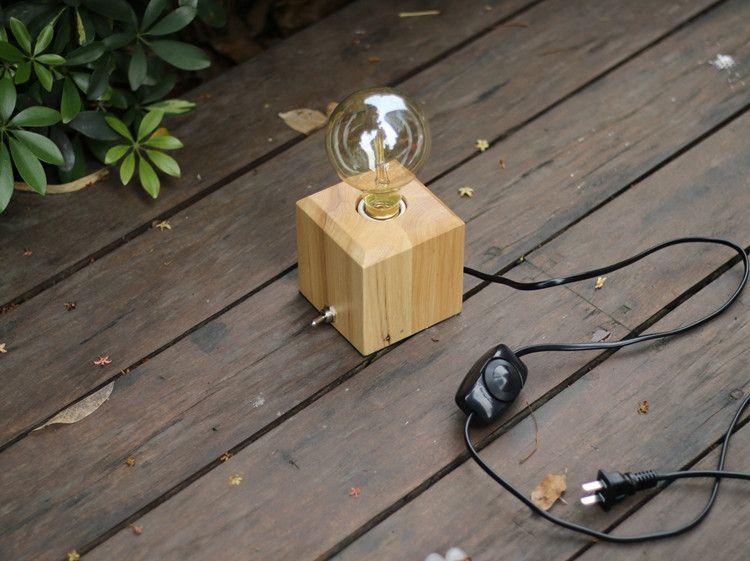 2019 Modern Minimalist Wood Table Lamp Bedside Desk Lamp Vintage