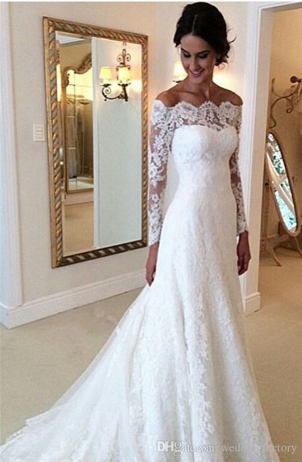 2019 Abiti da sposa in pizzo Off spalla Applique A Line maniche lunghe Abiti da sposa vintage con bottoni indietro Abiti da sposa