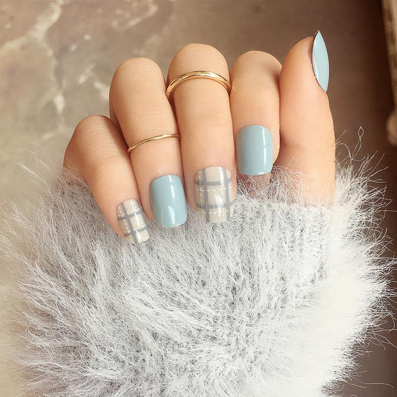Wholesale Lines Refreshing Design Finished Fake Nails Simple And