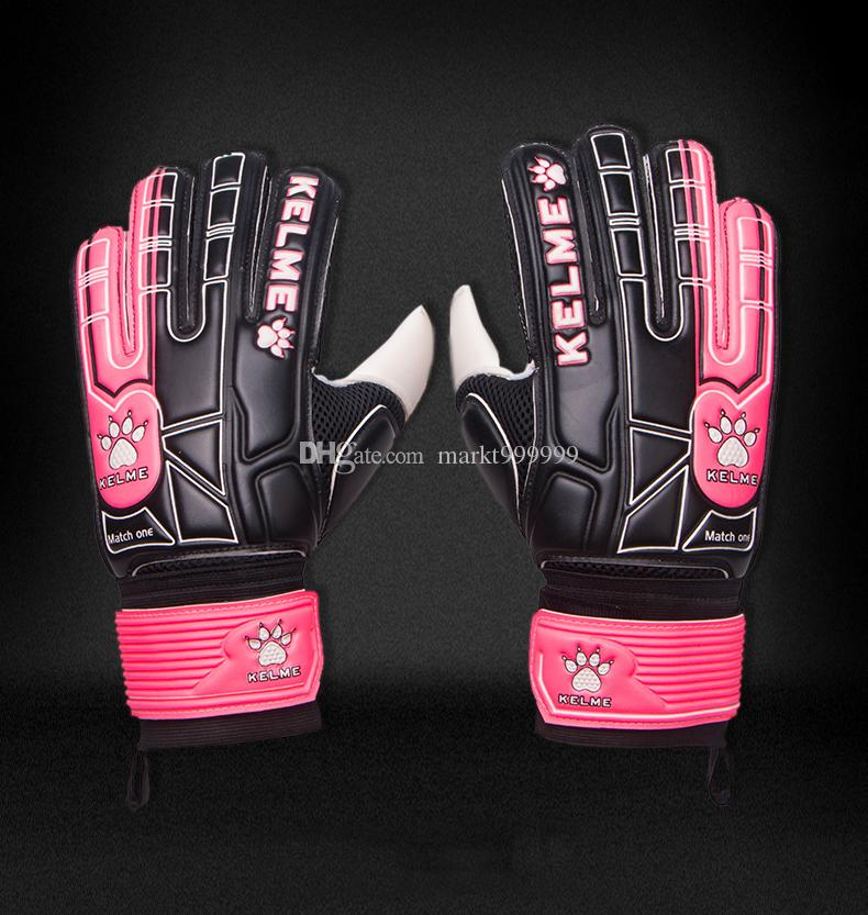 Professional match New training Adult male Genuine PU Soccer Occupational Goalkeeper Gloves Men's gloves with finger guard latex gloves