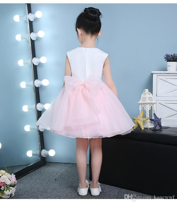 Niedliche geschwollene rosa Tüll Blume Mädchen Brautkleider Pailletten Ballkleid Erste Kommunion Kleider Baby Mädchen 1 Jahr Geburtstag Taufkleider