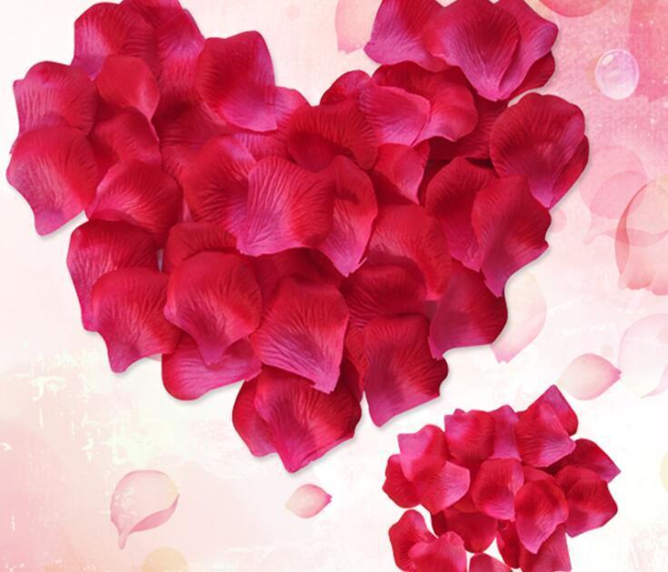 2018 Romantic Silk Artificial Decorative Flower Rose Petals Wedding