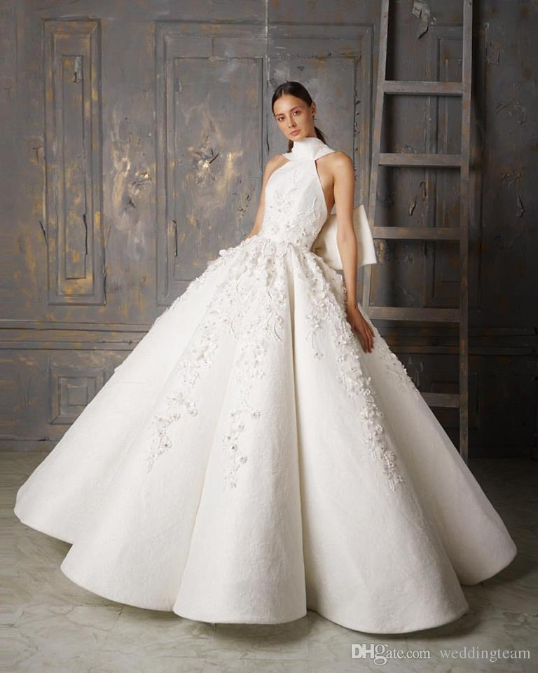 Fashion Lace Ball Gown Wedding Dresses Halter Neck Beaded