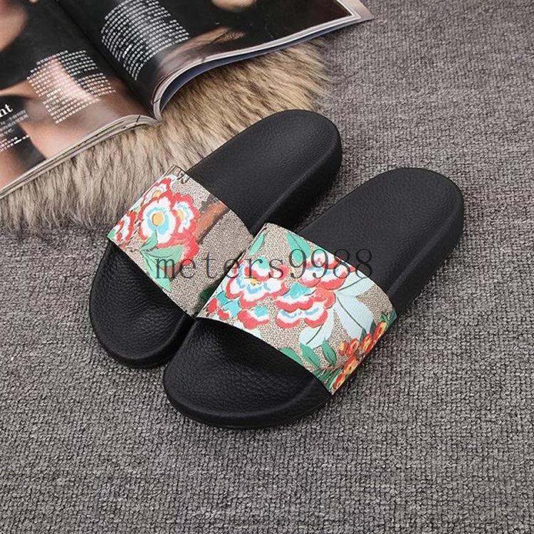 7092de92ea2b1 New Arrival 2017 Mens Fashion Causal Slide Sandals Summer Outdoor Beach  Sandals Size Euro40-45 Mens Causal Sandals Mens Beach Sandals Mens Slide  Sandals ...