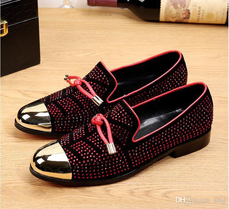 2019 Mode Casual Chaussures Formelles Pour Hommes Noir En Cuir Véritable Gland Hommes Chaussures De Mariage Or Métallisé Hommes Cloutés Mocassins Taille: 38-46