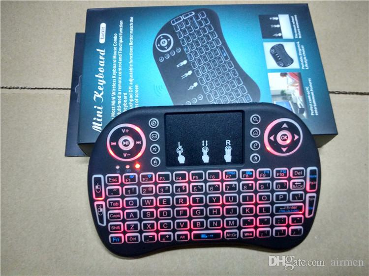 Rii i8 Mini tastiera con telecomando telecomando a distanza con touchpad Retroilluminazione Controllo wireless Android Smart TV Box MXQ M8S X96 T95 X92 HTPC PS3