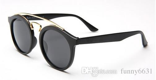Verano nuevas MUJERES Moda metal Revestimiento Sunglass marco redondo Gafas de conducción Mujeres montando vidrio PLAYA Ropa ocular Oculos Gafas de sol ES