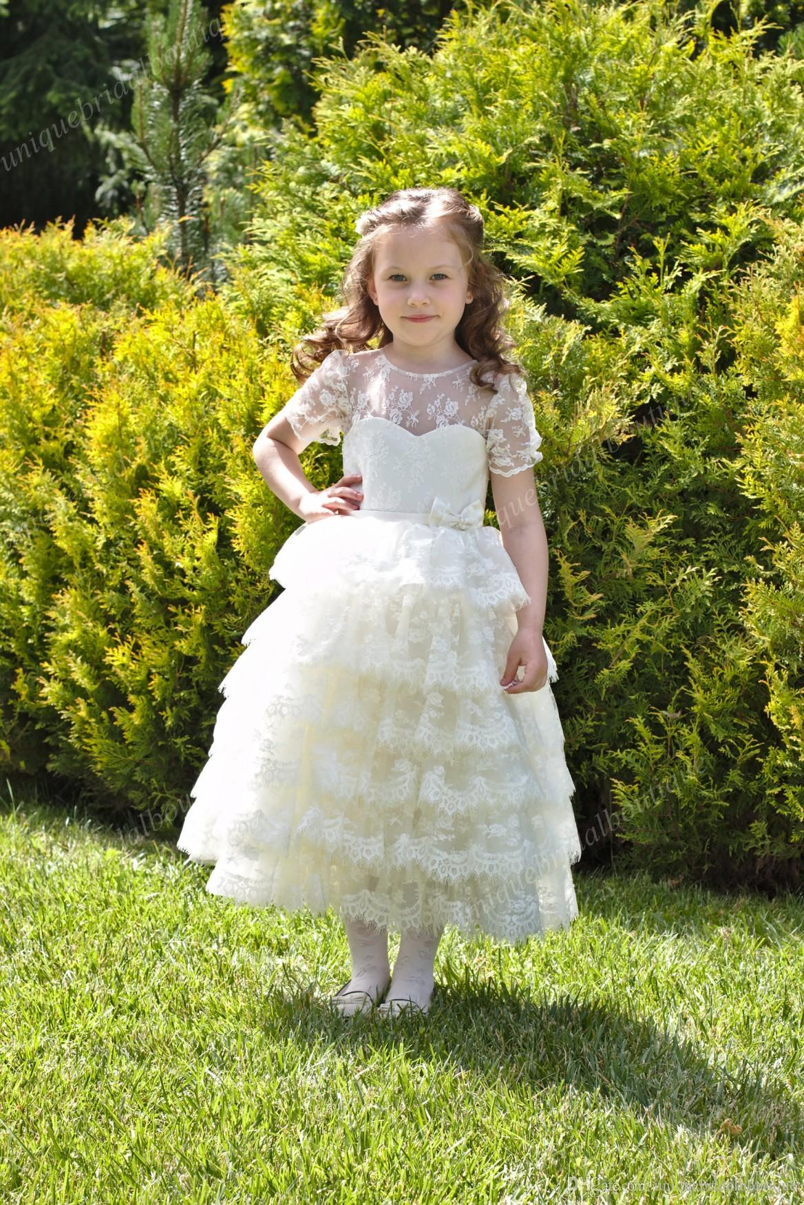 Cupcake Flower Girls Dresses with Short Sleeves and Ruffles Skirt Ball Gown Tea Length Fully Lace First Communion Dress for Little Girl