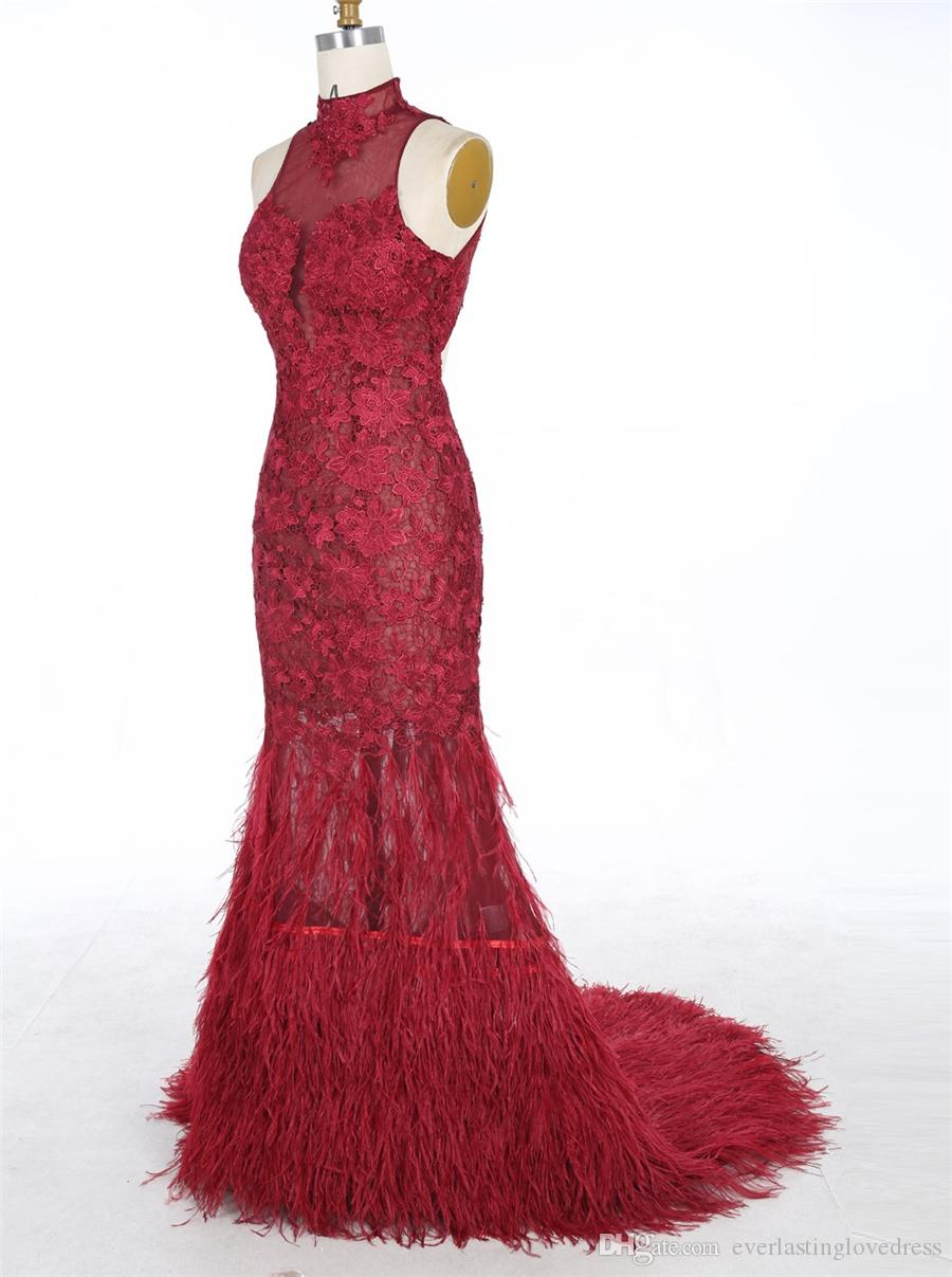 Sirène Halter Cour du cou train dos ouvert Tulle blanc robe de bal avec appliques Autruche Sexy SOIRÉE Robes Robe