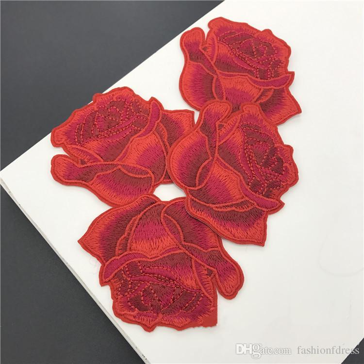 Autoadesivi all'ingrosso bei vestiti Red Rose Head fai da te ricamato patch di ferro su accessori di cucito adesivi borsa sciarpa vestiti