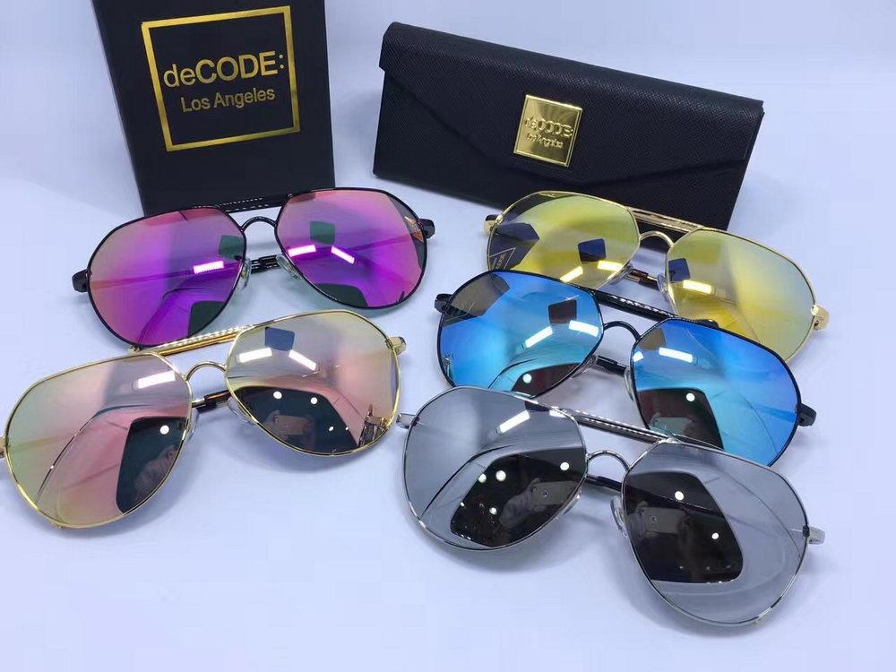 d4427c43d14e DeCODE NO Bullgung Are You Still Looking for Brand Designer ...