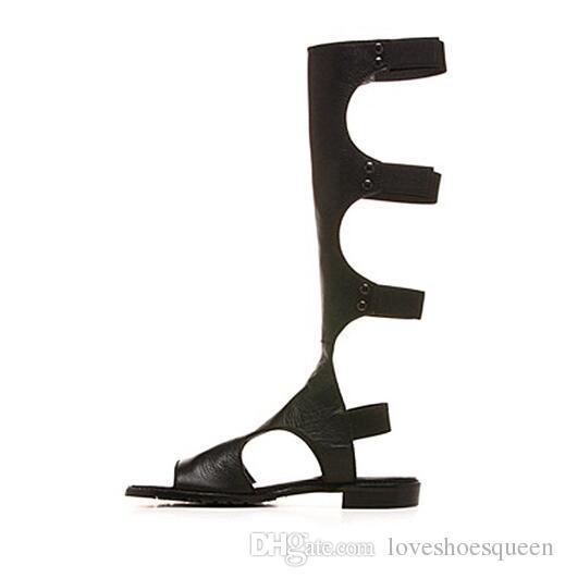 2017 Sandales Femmes Cool Sandal Bottes Rome En Cuir Genou Haut Bottes Femmes Appartements Bottes Élastiques Rivets Sandalia Feminina