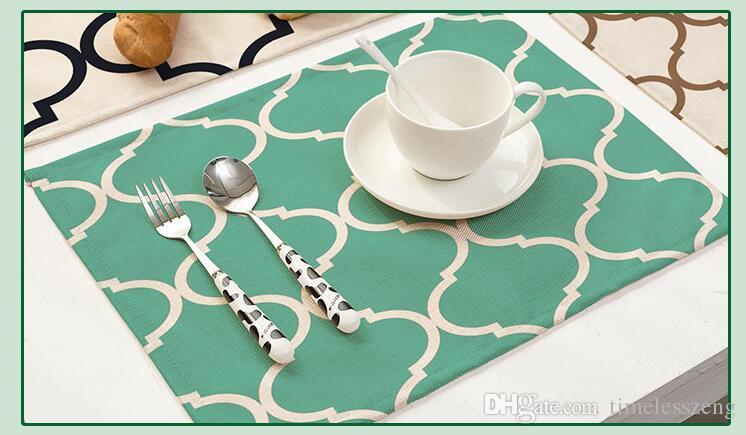 Tovaglietta colorata con cuciture trifoglio stampata Tovaglietta in cotone e lino con motivo geometrico