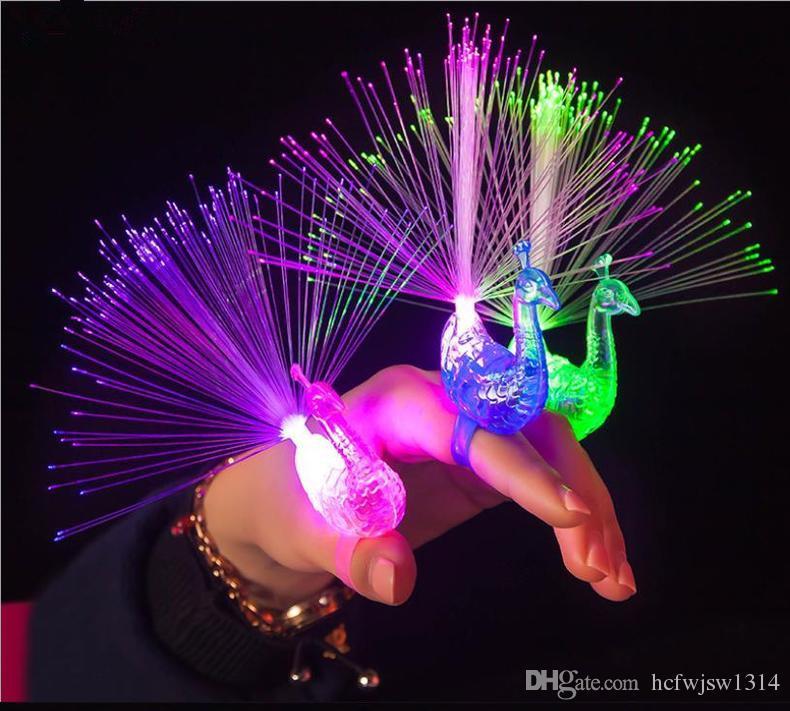 Paon doigt anneau bracelet lumière discoloration flash bande dessinée fibre petits jouets sac cadeau créatif mail