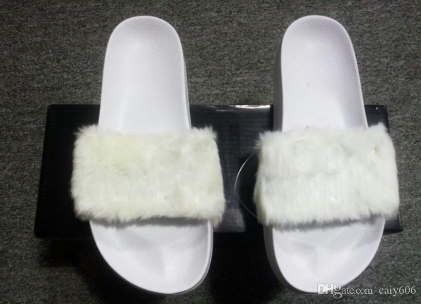 Acquista Scarpe Rihanna Scarpe Donna Pantofole Sandali Indoor Ragazze Moda  Scuffs Rosa Nera Bianca Pelle Grigio Scivoli A  35.18 Dal Caiy606  f31d896ab50