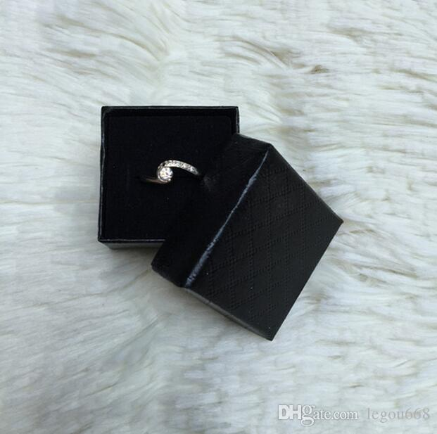 2017 nueva joyería de 5 * 5 * 3cm multi de los colores de los anillos pendientes caja / colgante de visualización de embalaje caja de regalo G384