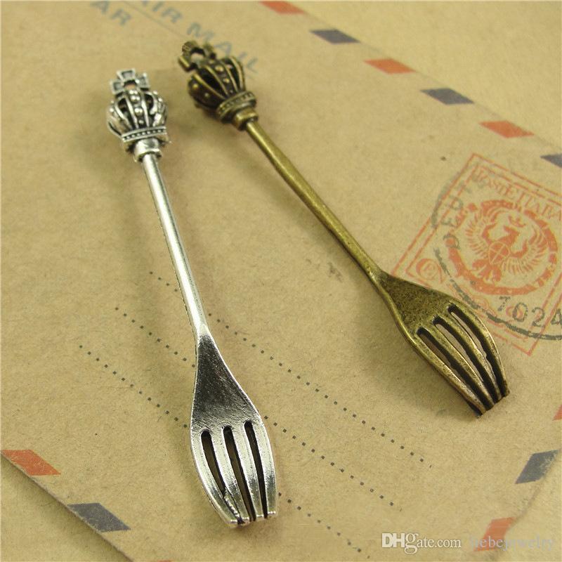 Deux gros mixtes Couleurs Mode Vintage Couronne couteau fourchette cuillère Art de la table Pendentifs Charms pour la fabrication de bijoux charme