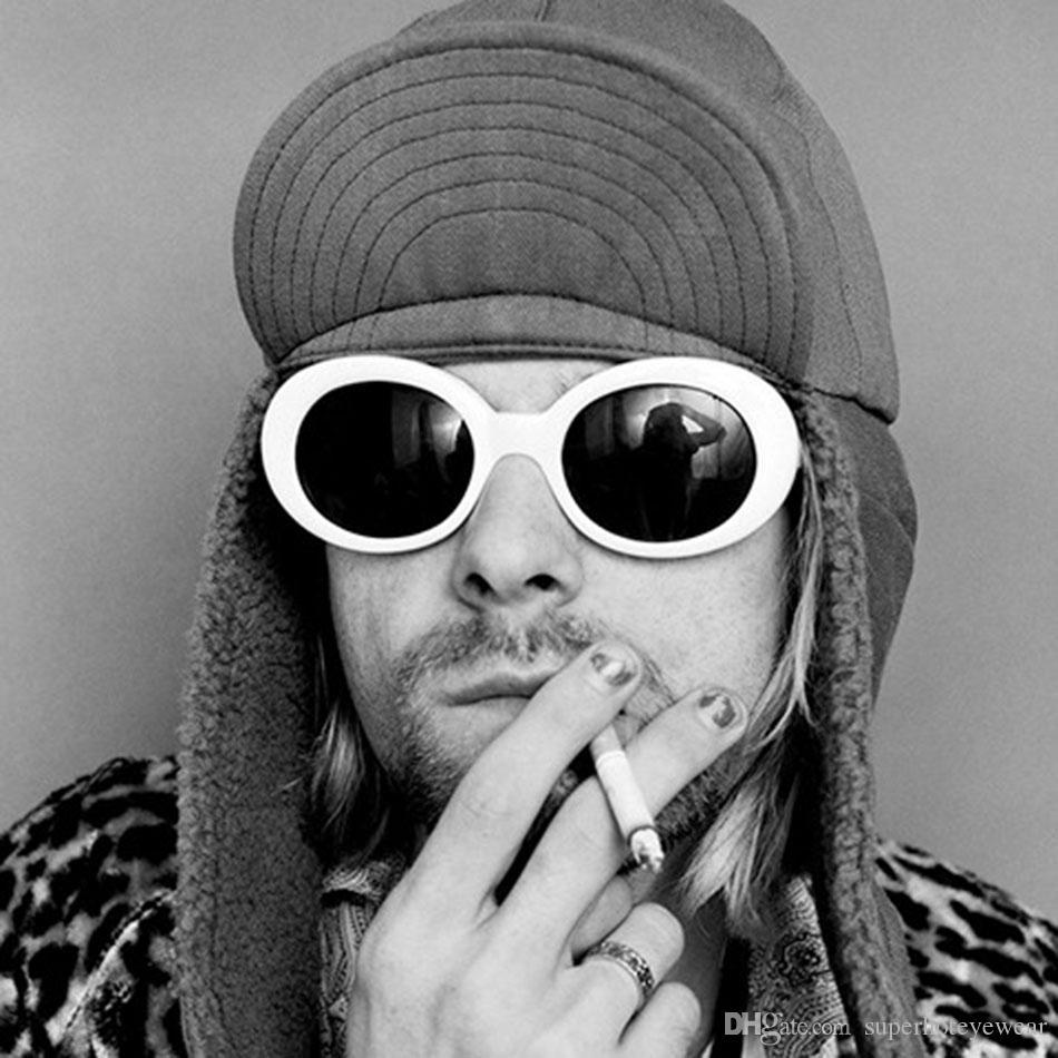 68f92139eb Compre NIRVANA Kurt Cobain De Estilo Años 90 Gafas De Sol Ovaladas Blancas  Hombres Mujeres Retro De Inspiración Vintage Gafas De Marco Extrañas Alien  Shades ...